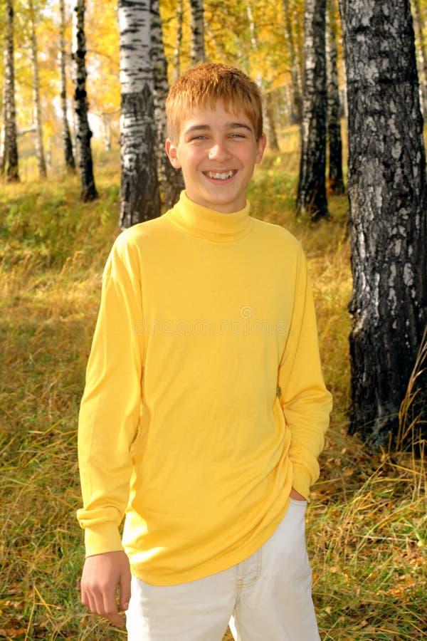 微笑的少年 库存照片