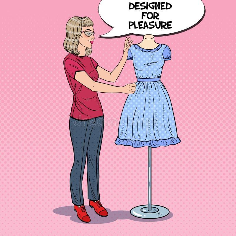 微笑的时装设计师在与在时装模特的礼服一起使用 衣物虚拟女性行业于存储纺织品妇女 流行艺术减速火箭的例证 皇族释放例证