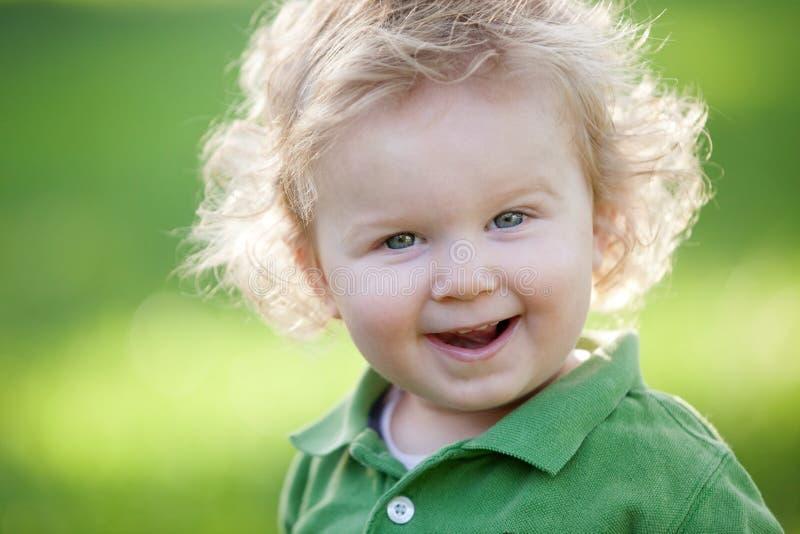 微笑的男孩 库存图片