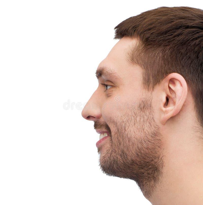 微笑的年轻英俊的人外形画象  免版税图库摄影