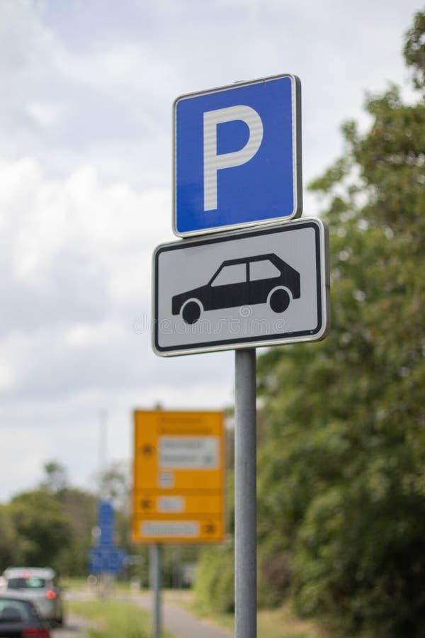 德国停放的仅标志,汽车的 免版税库存图片