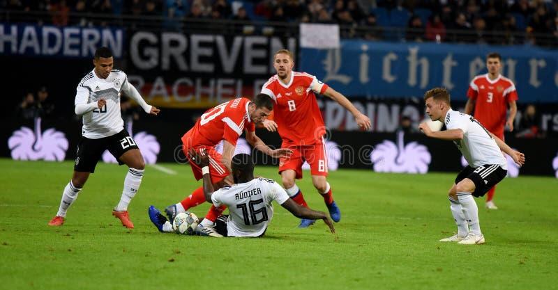 德国全国足球队球员毛哔叽Gnabry,安东尼奥Rud 免版税库存照片