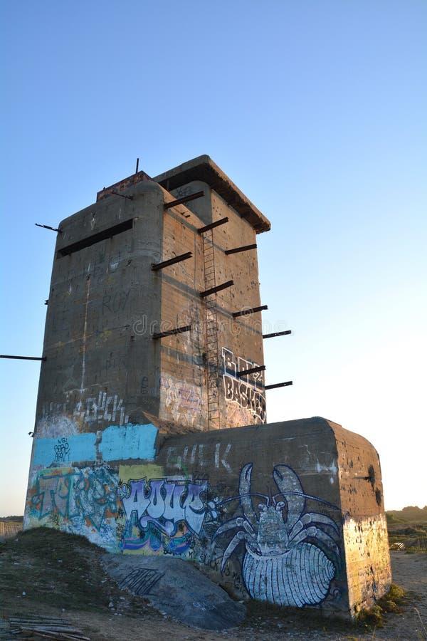 德国地堡,废墟在Plouharnel的法国 免版税库存图片