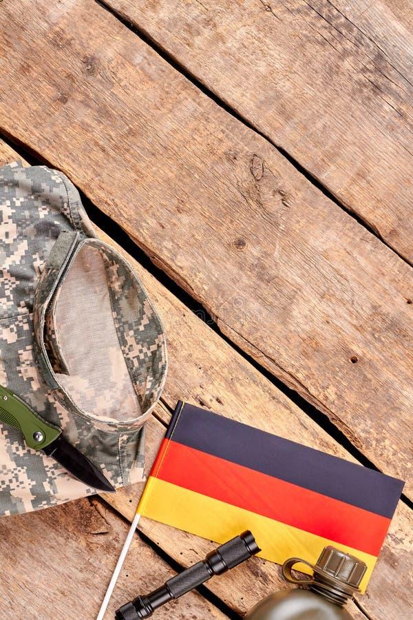 德国战士衣裳和辅助部件  免版税库存图片