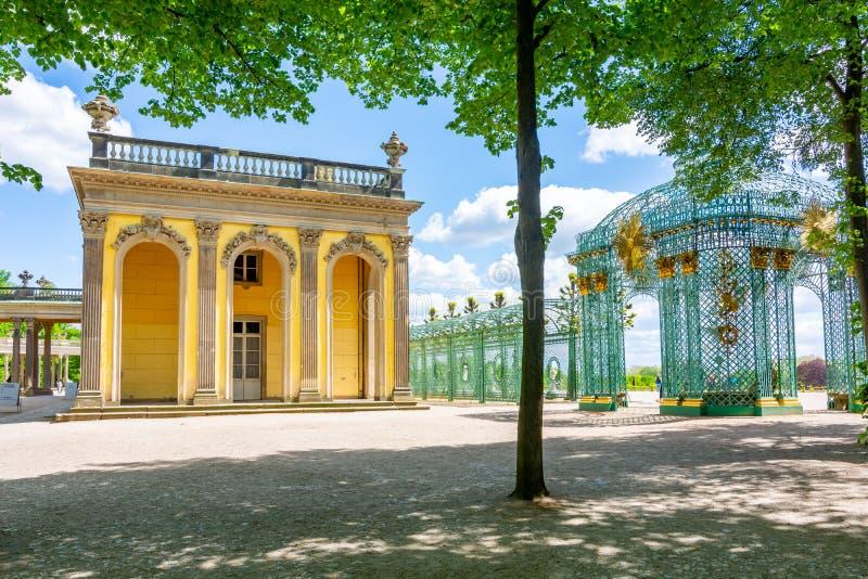 德国波茨坦无忧国宫和皇家馆 免版税图库摄影