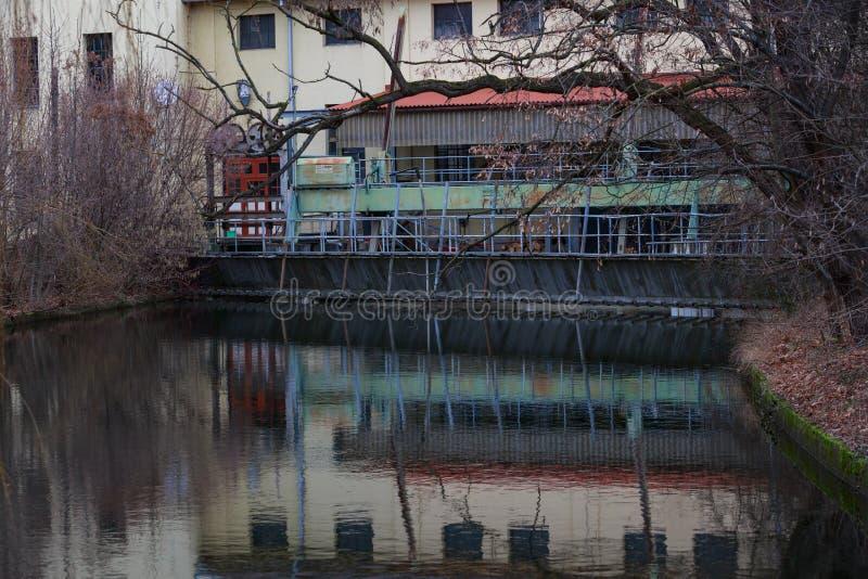 德国耶拿河畔可再生能源水电站 库存图片