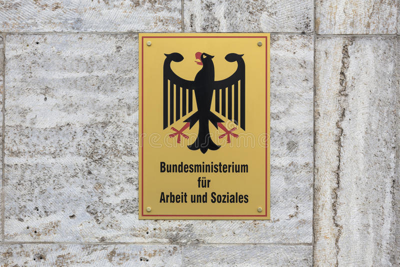 德国联邦劳工部和社会事务签字 库存图片