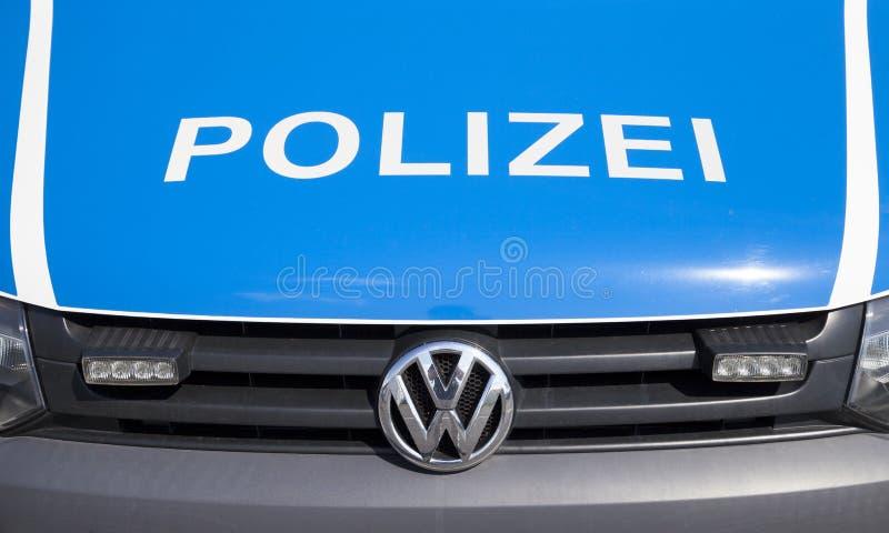 德国警车在机场Schoenefeld站立 免版税库存照片