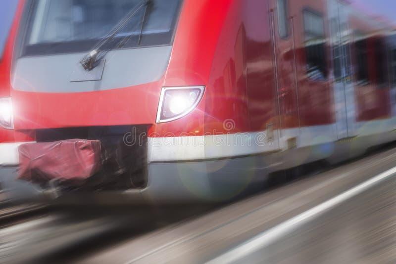 德国sbahn火车加速 库存图片