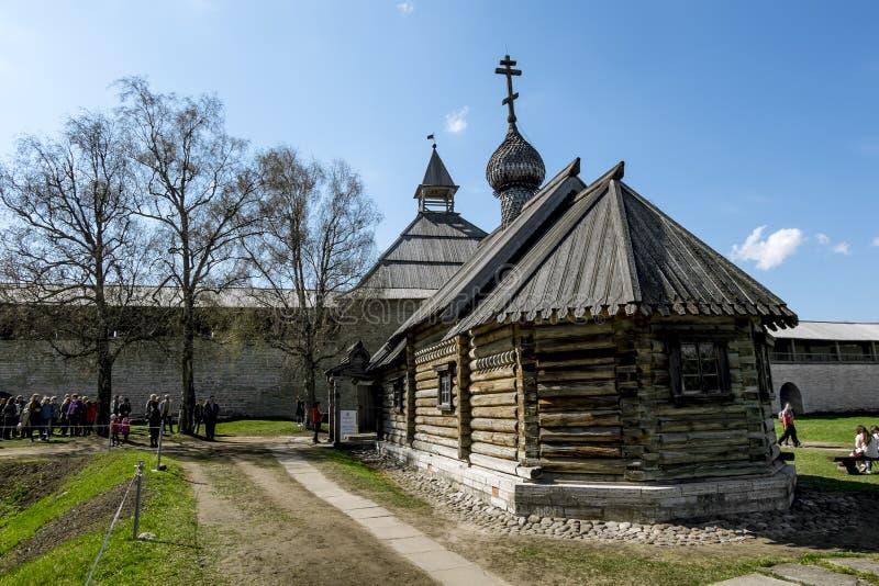 Download 德米特里Solunsky教会在堡垒在Staraya拉多加 俄国 编辑类库存照片 - 图片 包括有 俄国, 布琼布拉: 72362778