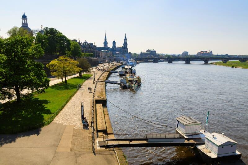 德累斯顿滨水区 — 易北河 库存照片