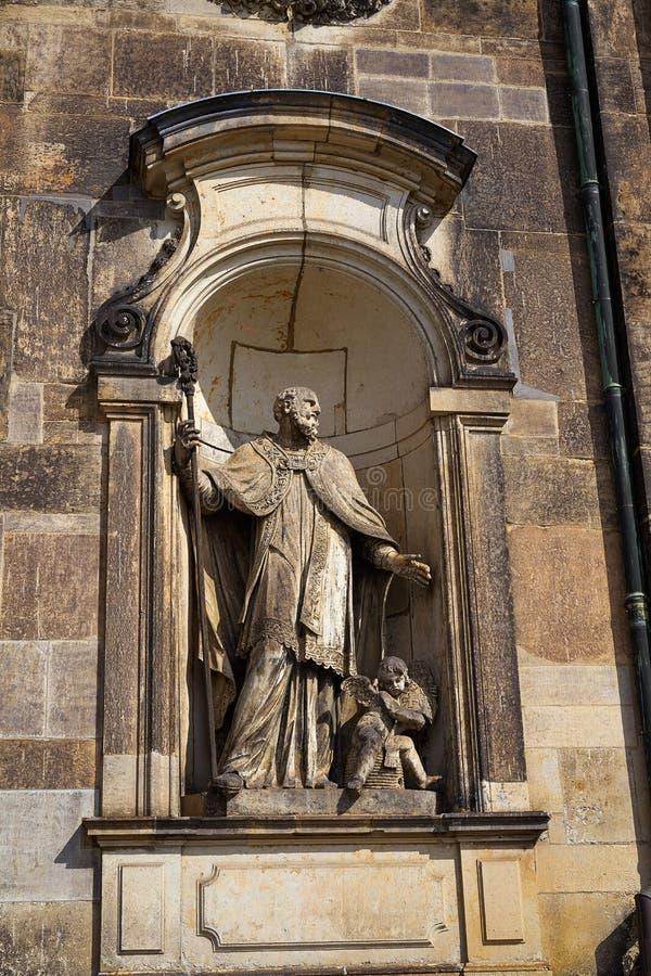 德累斯顿雕象在德国的Hofkirche大教堂里 免版税图库摄影