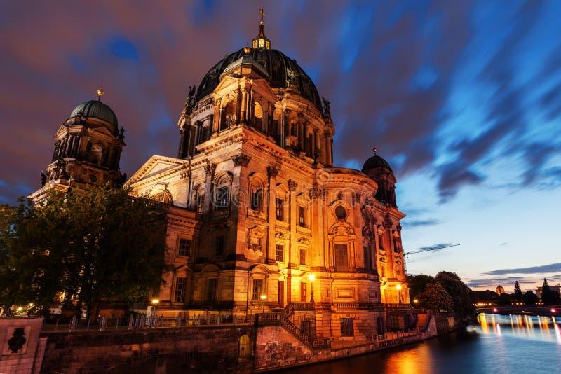 德语Reichstag在柏林,德国 免版税库存图片