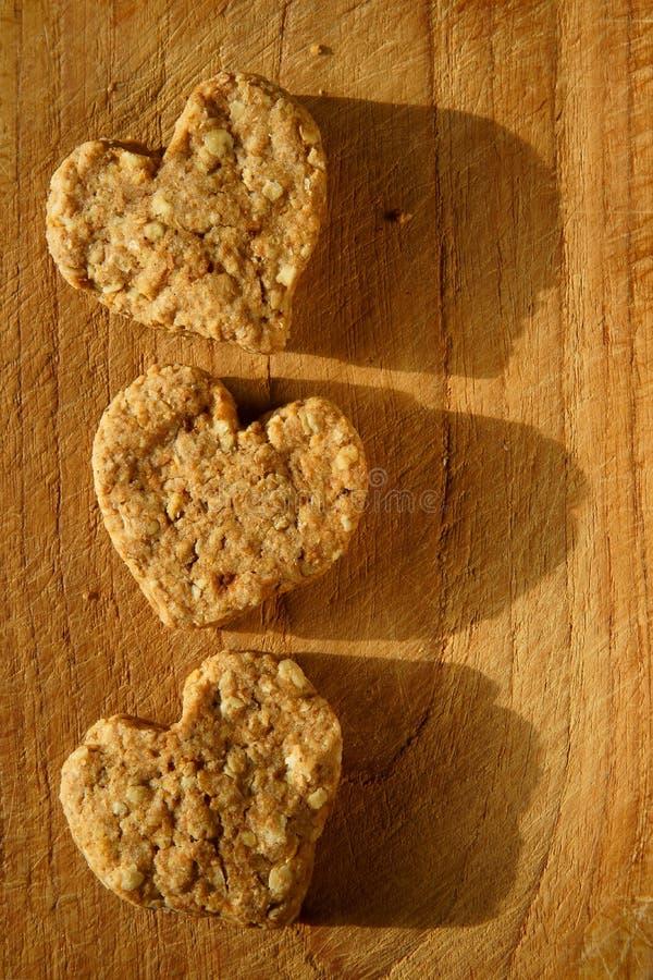 心形的有机曲奇饼 库存图片
