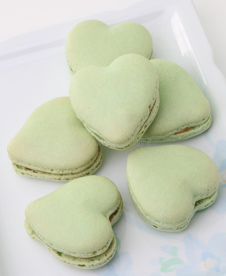心形的法国蛋白杏仁饼干 库存图片