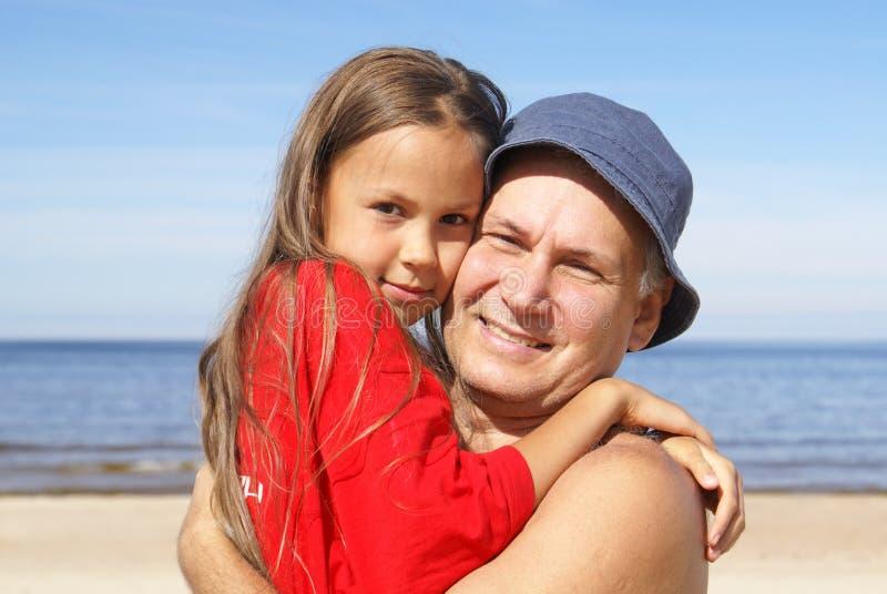 快乐的女儿父亲 免版税库存照片