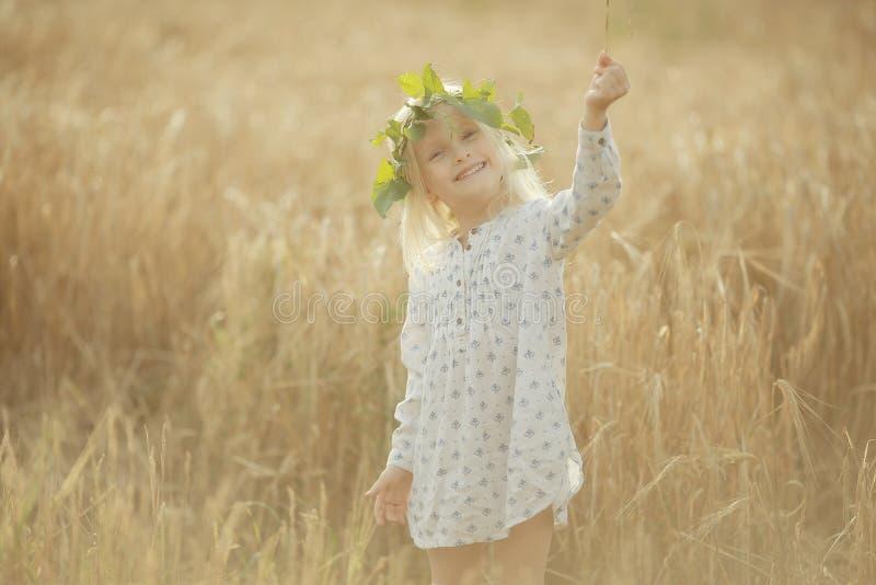 快乐的女孩一点 图库摄影