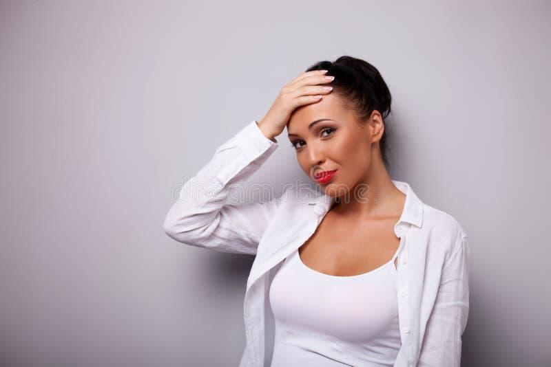 缴情成人小�_图片 包括有 生气的, 成人, 头发, 哀情, beautifuler, 女性 - 56225
