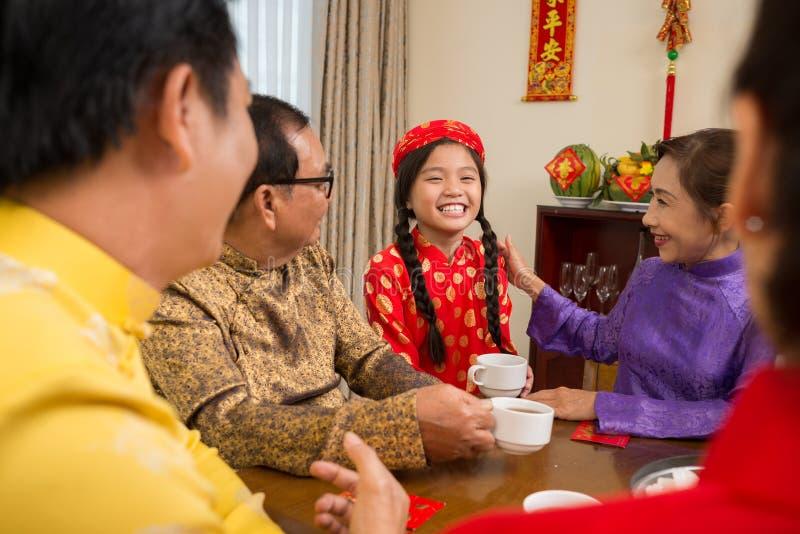 快乐的越南女孩 免版税库存图片