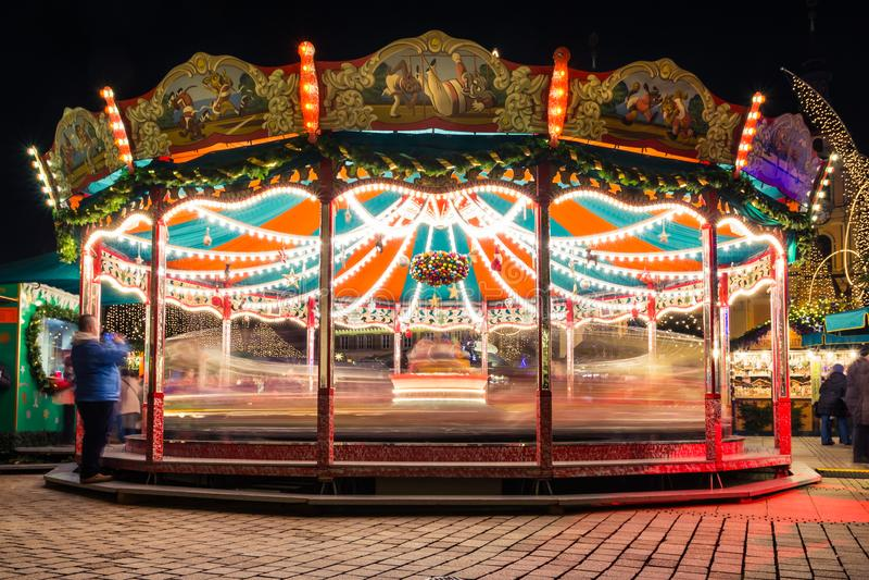 快活是回合长的曝光德国圣诞节市场假日Cel 图库摄影