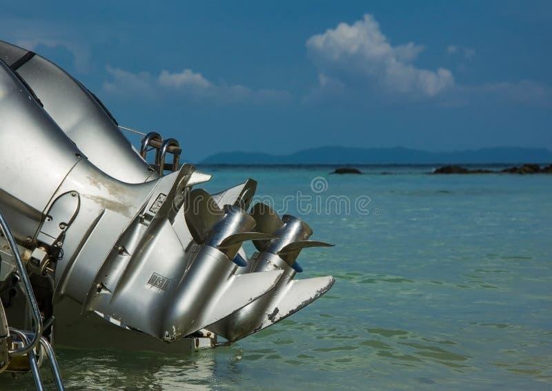 快艇有刀片的` s引擎 免版税库存图片
