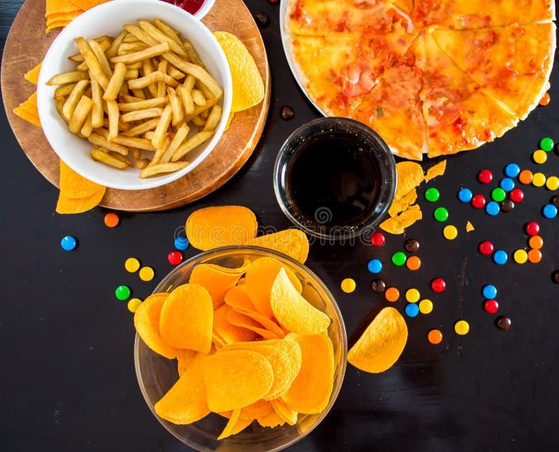快餐和不健康的吃概念-接近薄饼, fre 库存照片
