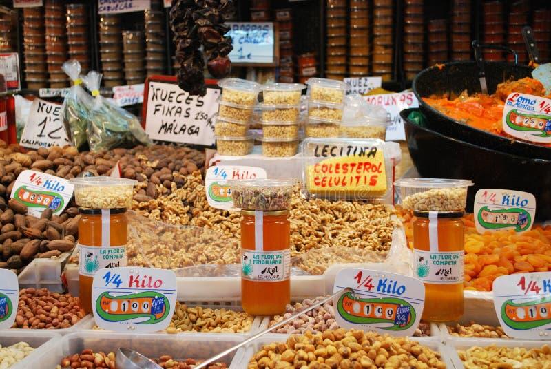 快餐摊位,马拉加室内市场 免版税库存图片