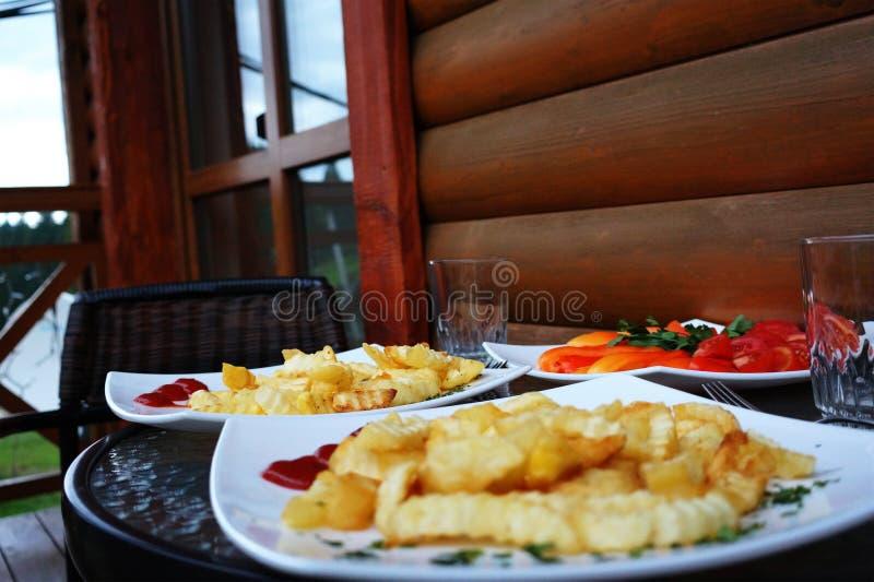 快餐 剪报炸薯条图象查出的路径 可口 库存照片