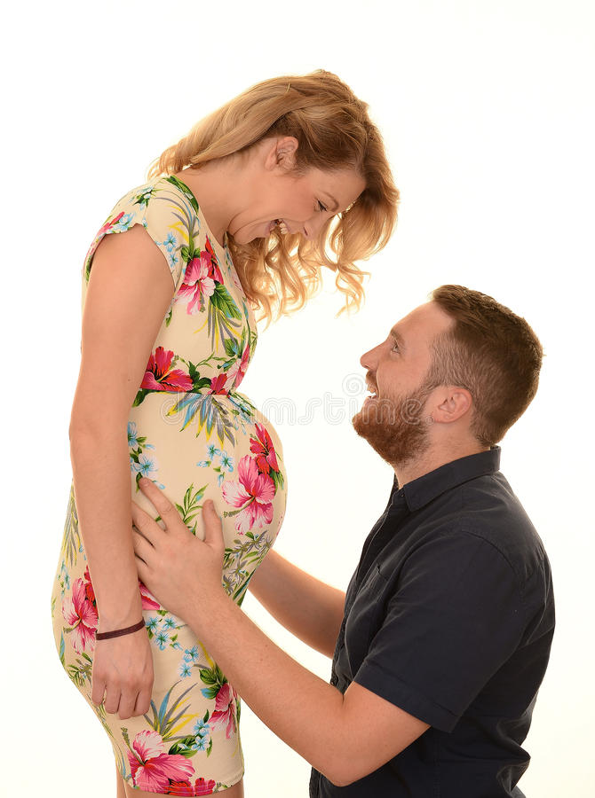 怀孕的夫妇 库存照片