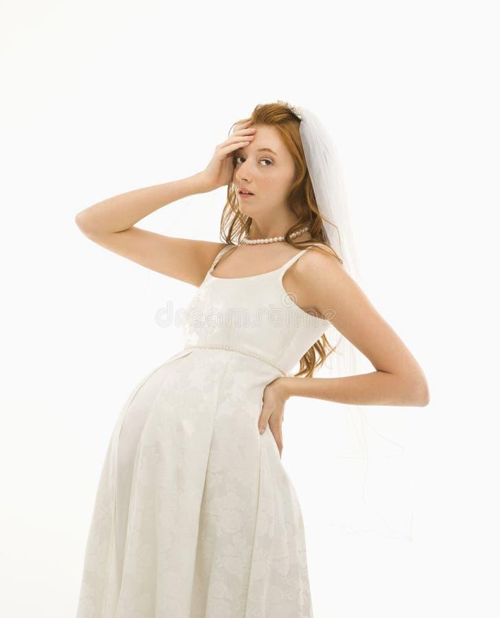 怀孕的新娘 免版税库存图片
