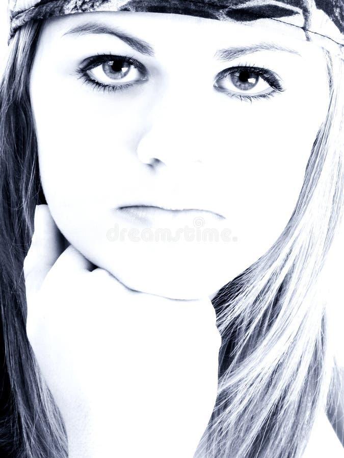 态度蓝色女孩青少年的口气 库存照片