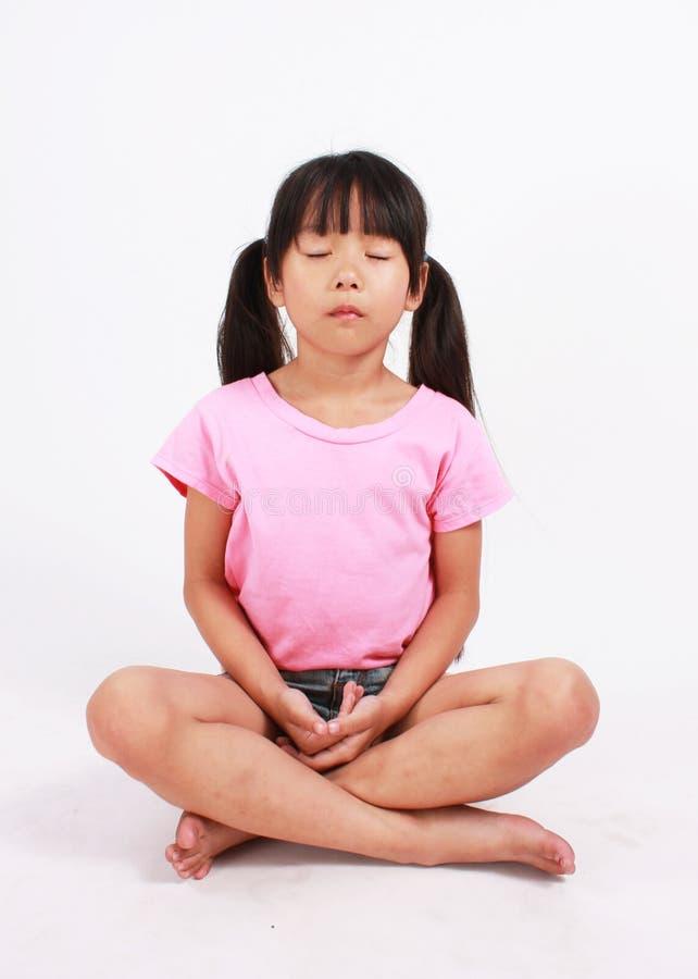 思考的女孩 免版税图库摄影