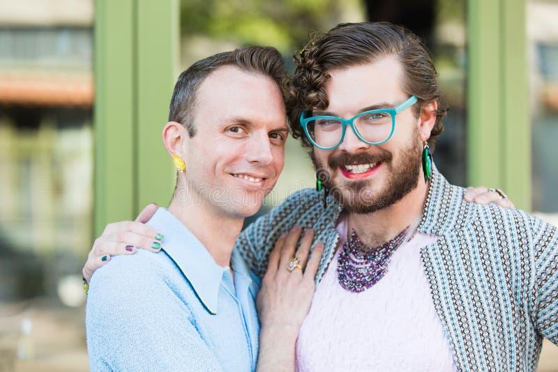 性别可变的年轻男性夫妇 免版税图库摄影