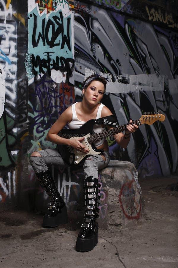 性感的吉他演奏员 库存图片