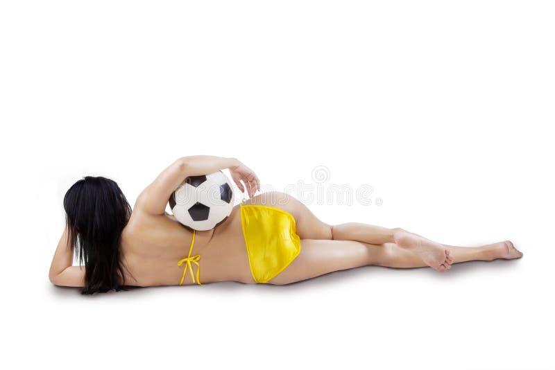 性感的妇女后视图有被隔绝的球的 库存照片