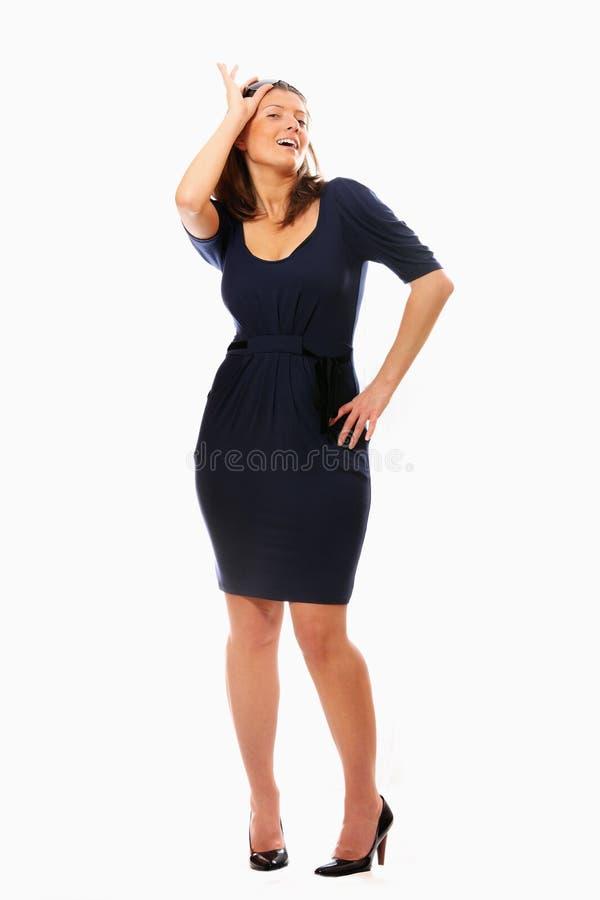 性感的常设太阳镜妇女 免版税库存照片