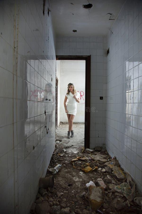 性感被抛弃的编译的女孩 库存照片
