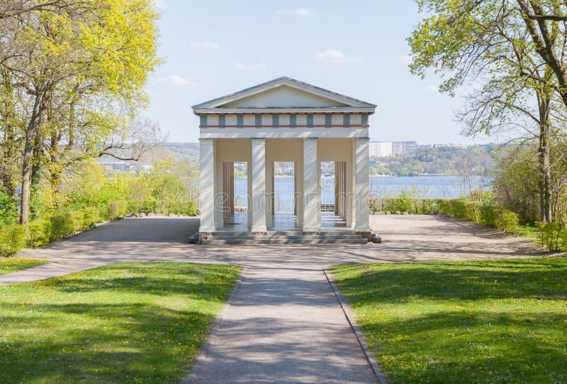 怪杰寺庙眺望楼监视在新勃兰登堡,德国 免版税库存图片