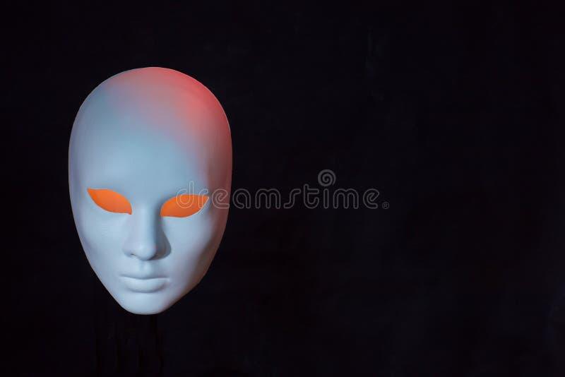 恐怖主义的概念 在黑暗的面具 免版税库存照片