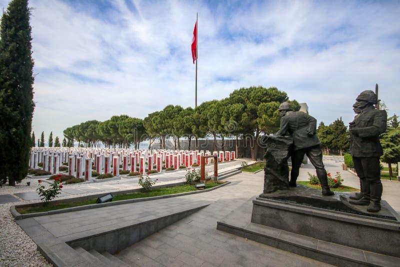 恰纳卡莱市,土耳其- 2019年5月26日:恰纳卡莱市迫害纪念军事公墓是纪念服务大约的战争纪念建筑 免版税库存图片
