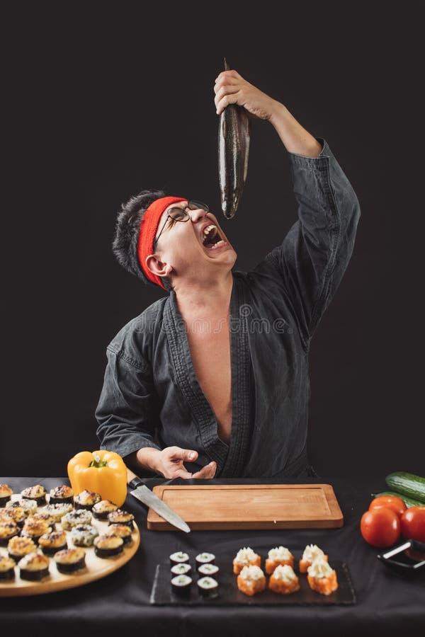 恼怒的厨师在长的平时以后 免版税库存图片