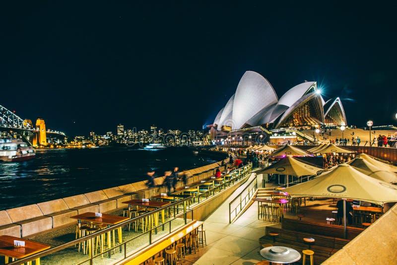 悉尼达令港都市风景在晚上,澳大利亚 免版税库存照片