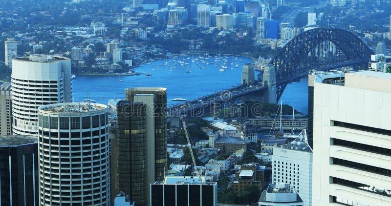 悉尼,澳大利亚地平线和水路天线  库存照片