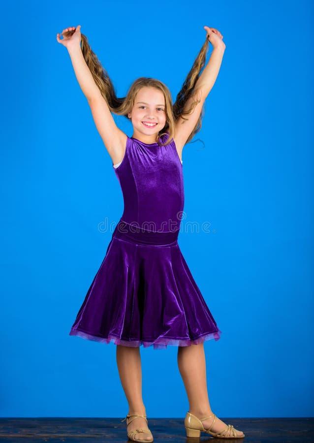 您需要的事知道关于舞厅舞发型 舞蹈家的发型 如何做孩子的整洁的发型 的气球驾驶者 库存图片