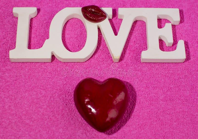 情人节和3月8日国际妇女的天 亲人的礼物 免版税库存照片