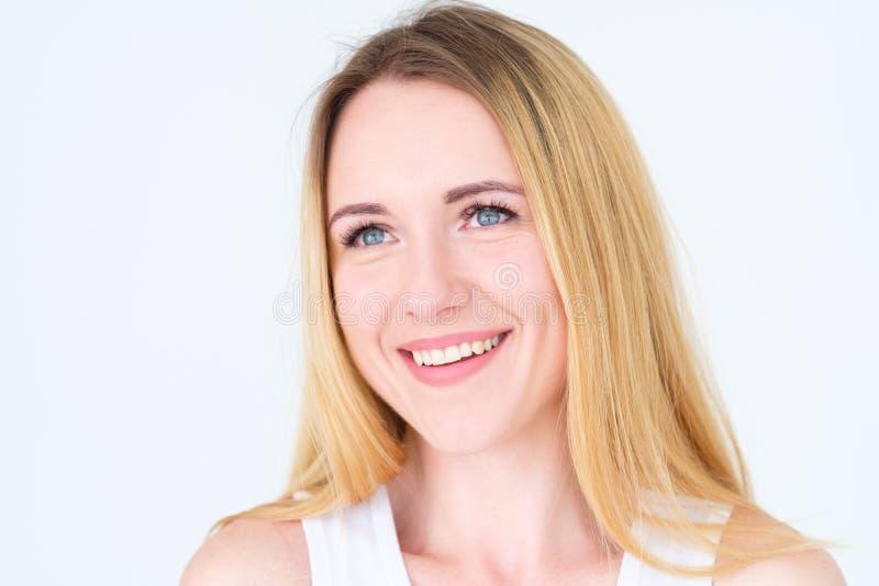情感面孔愉快的微笑的极度高兴的美满的妇女 库存照片