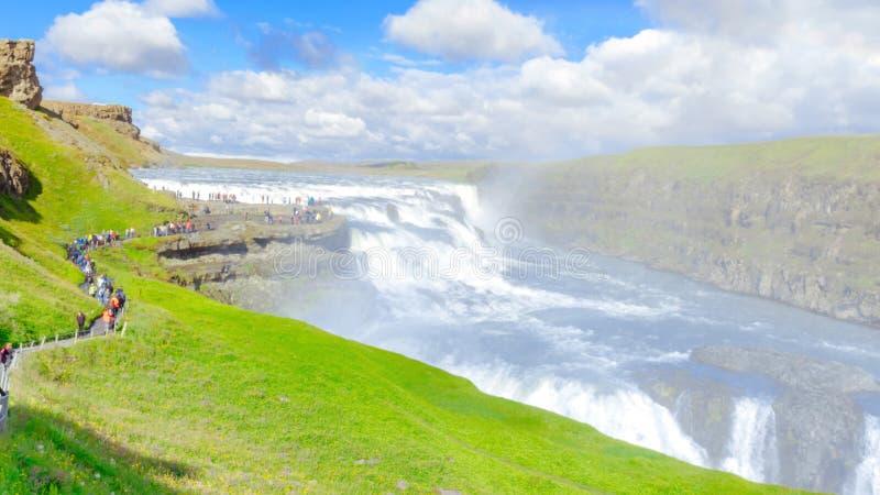 惊人和著名古佛斯瀑布瀑布,金黄圈子路线在冰岛 免版税图库摄影