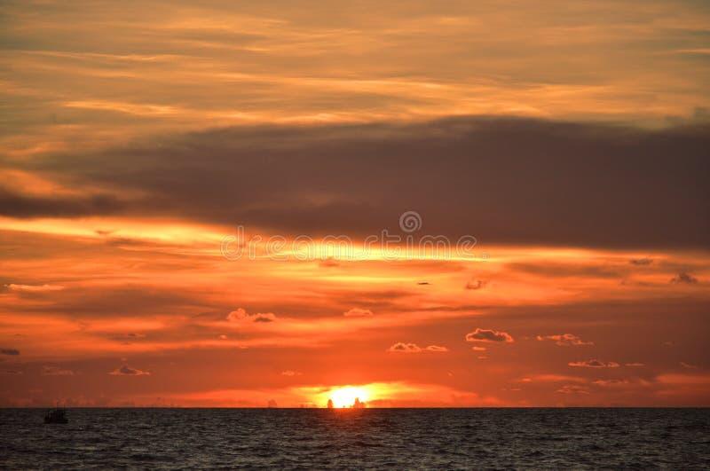 惊人日落视图在富国岛,越南 免版税图库摄影