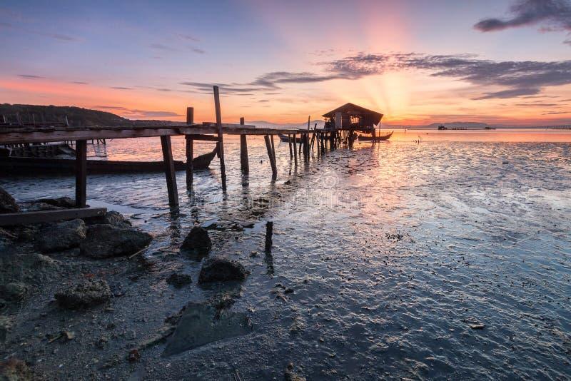 惊人的日出和日落在乔治市,槟榔岛 免版税图库摄影