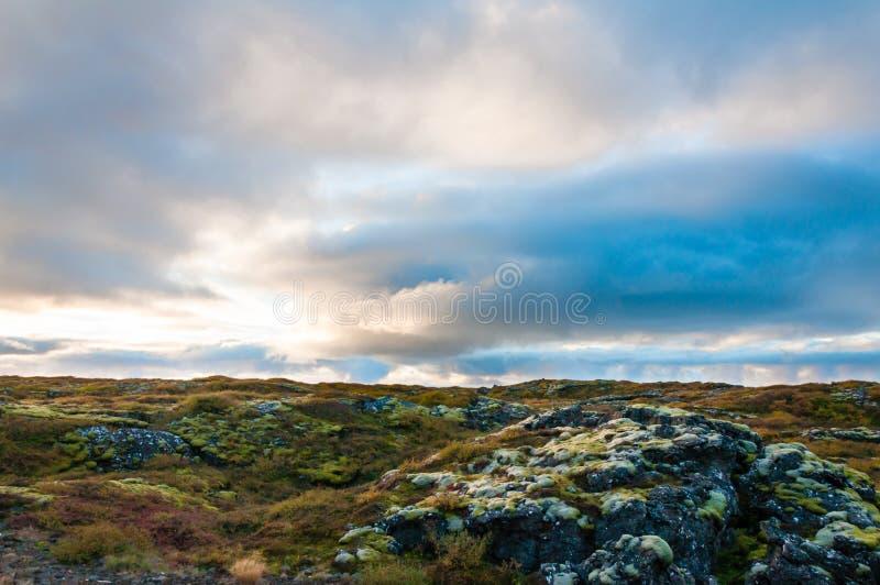 惊人的日落在冰岛 免版税库存图片